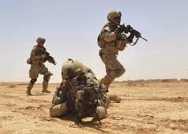 Könnyen beszerezhető a katonai ruházat